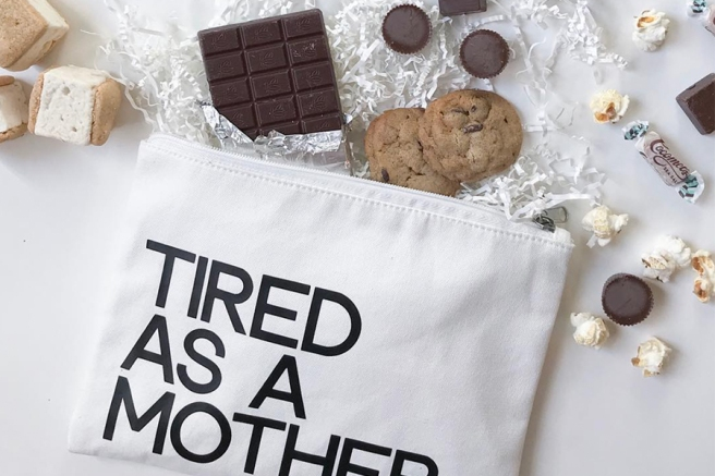 the-boy-box-mothers-day-gift-guide-mother-snacker