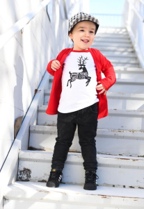 the-boy-box-jump-run-have-fun-christmas-outfit-boy-cute